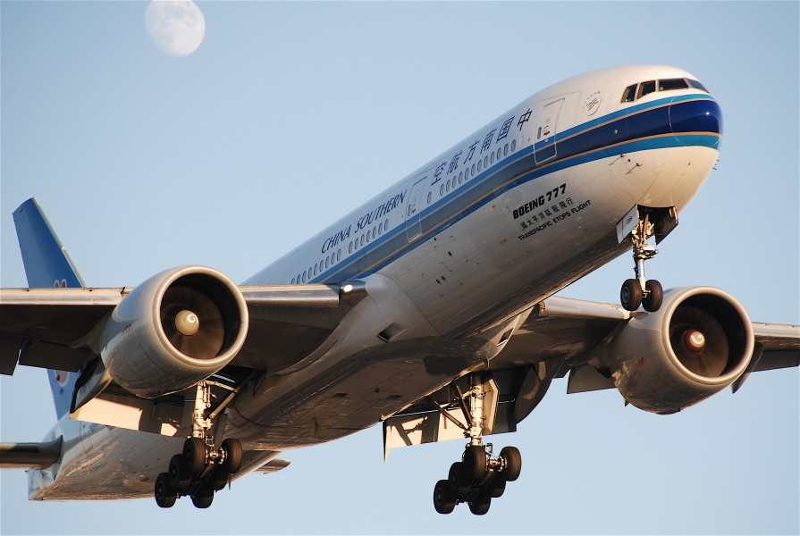 China Southern Airlines Boeing 777-21BER; B-2055@LAX;08.10.2011 620gt (6298396823)