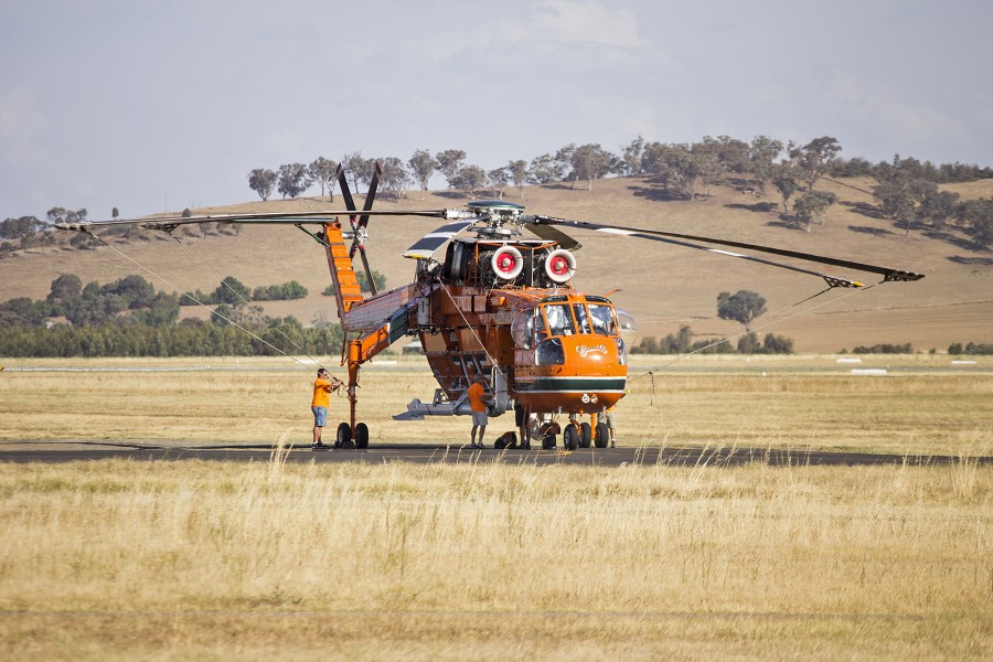 Erickson Air-Crane 'Camille' at Wagga Wagga Airport (1)