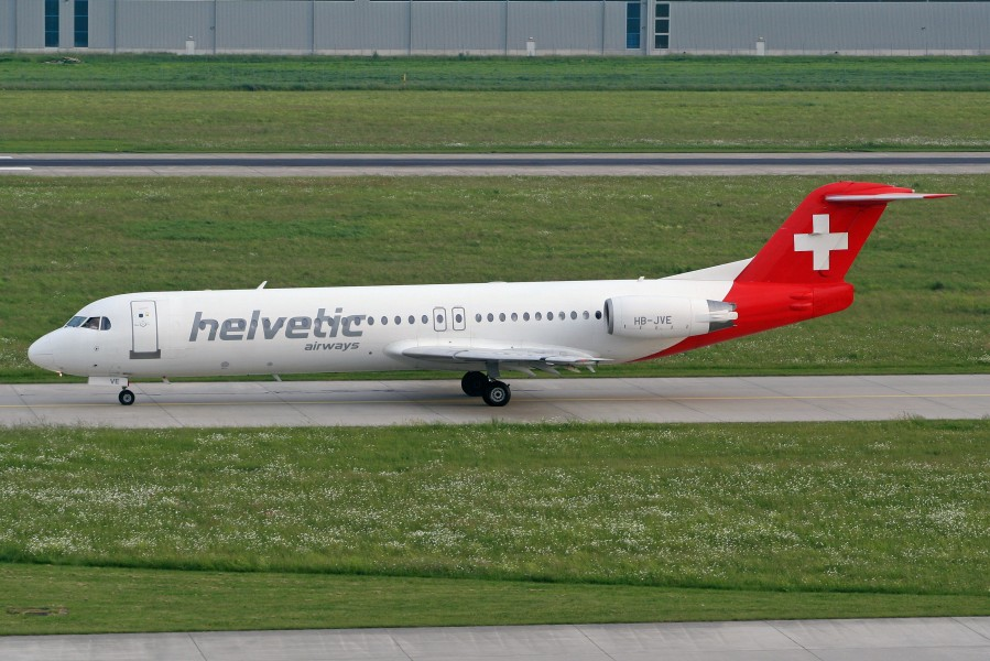 Fokker F100 Helvetic Airways HB-JVE