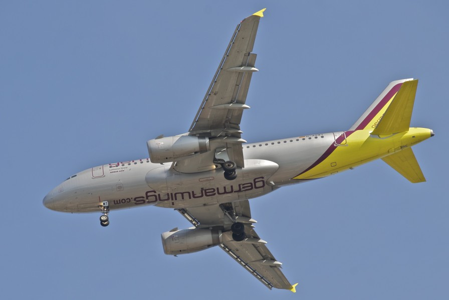 Germanwings Airbus A319-132; D-AGWT@SPU;02.06.2012 654ad (7341217438)