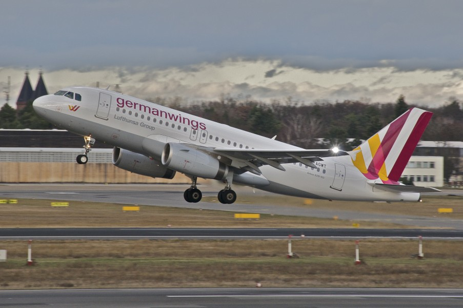 Germanwings Airbus A319-132; D-AGWT@TXL;30.12.2012 684dc (8333212160)