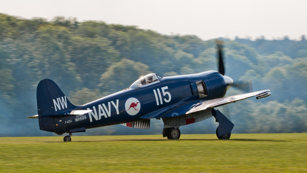 Hawker Sea Fury FB 10 F-AZXJ OTT 2013 04