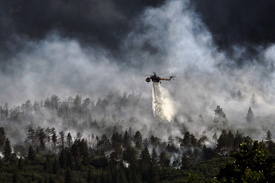 Helo dropping water on Waldo Canyon fire
