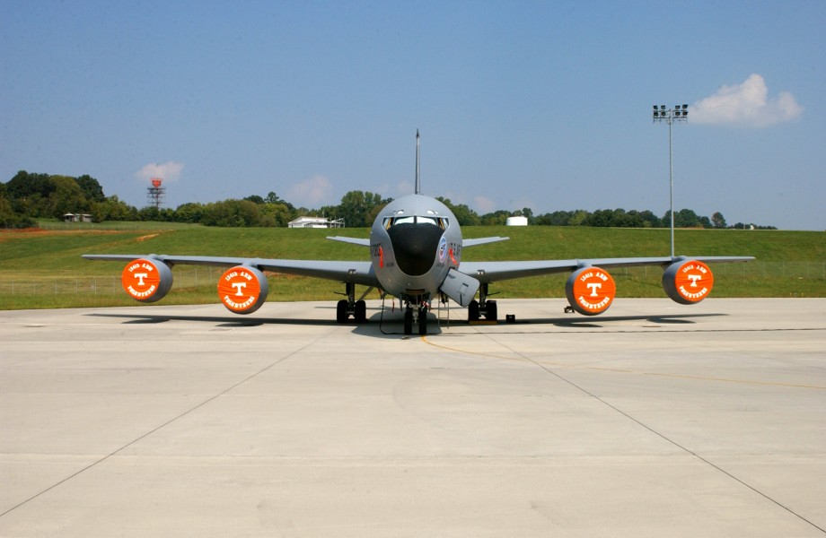KC-135R Tennessee ANG head on view