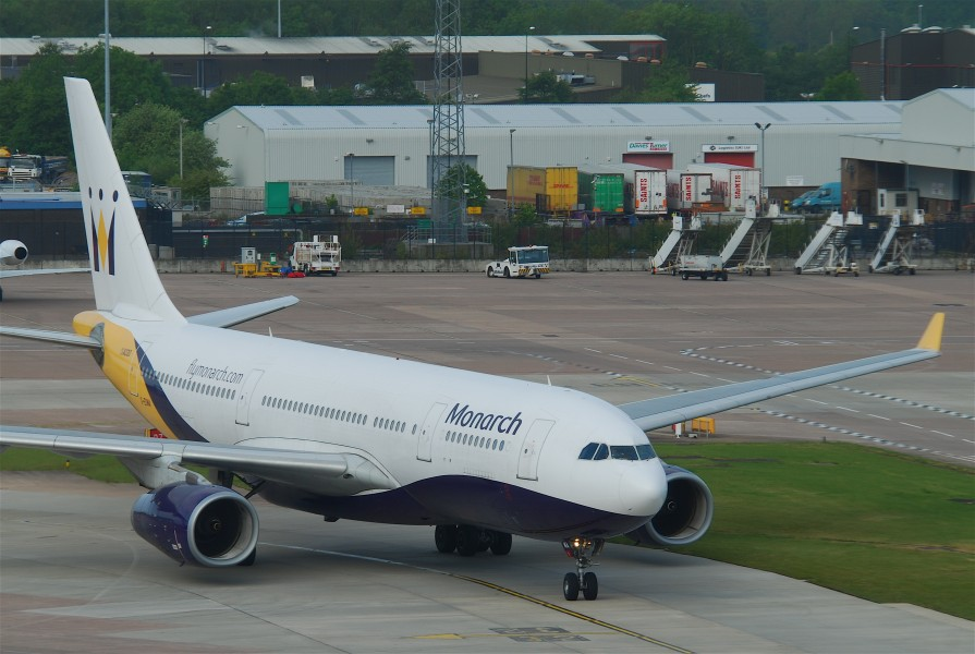 Monarch Airlines Airbus A330-243; G-EOMA@MAN;14.05.2011 597bd (5741044670)