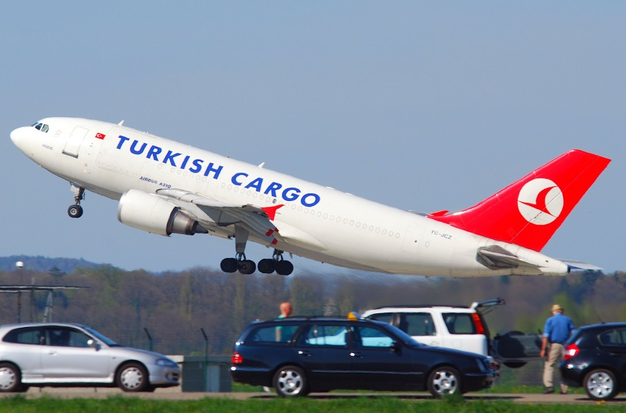 Turkish Airlines Cargo Airbus A310-304F; TC-JCZ@ZRH;09.04.2011 594ae (5603665219)