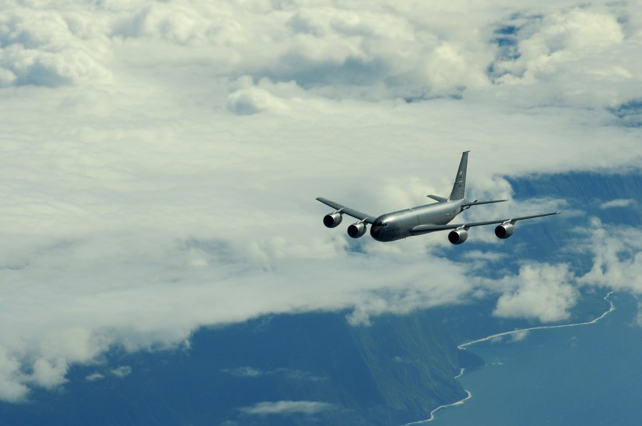 US Navy 100710-F-5964B-320 A KC-135 stratotanker flies a mission to support Rim of the Pacific (RIMPAC) 2010 exercises