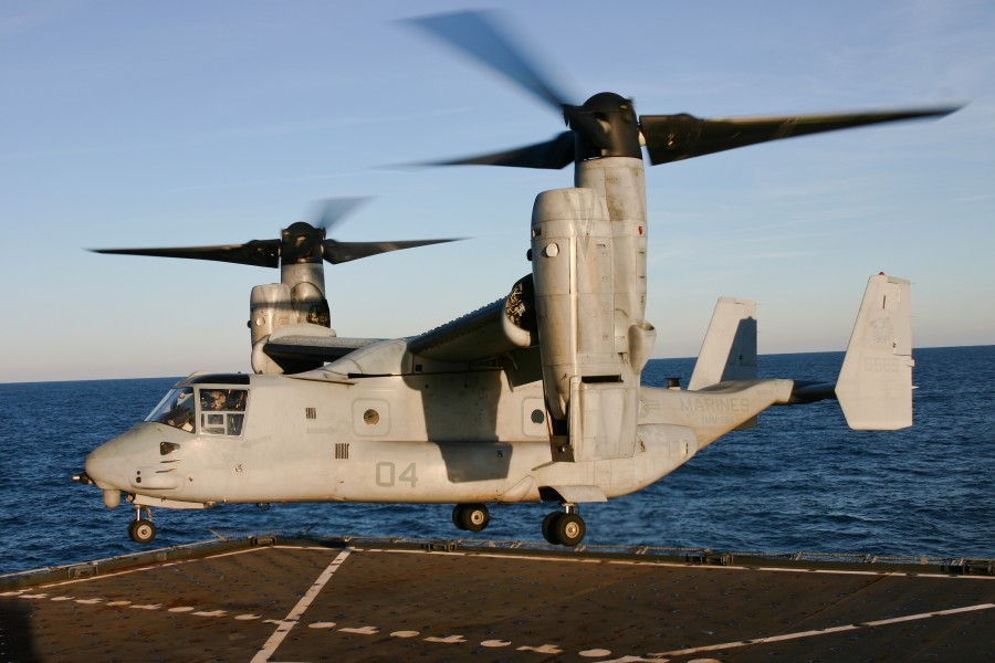 US Navy 120209-N-RE822-273 An Osprey makes a historic first landing ce