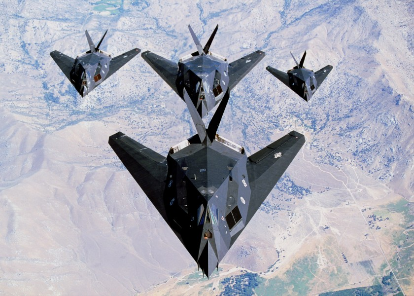 USAF F-117 Nighthawk formation (1)