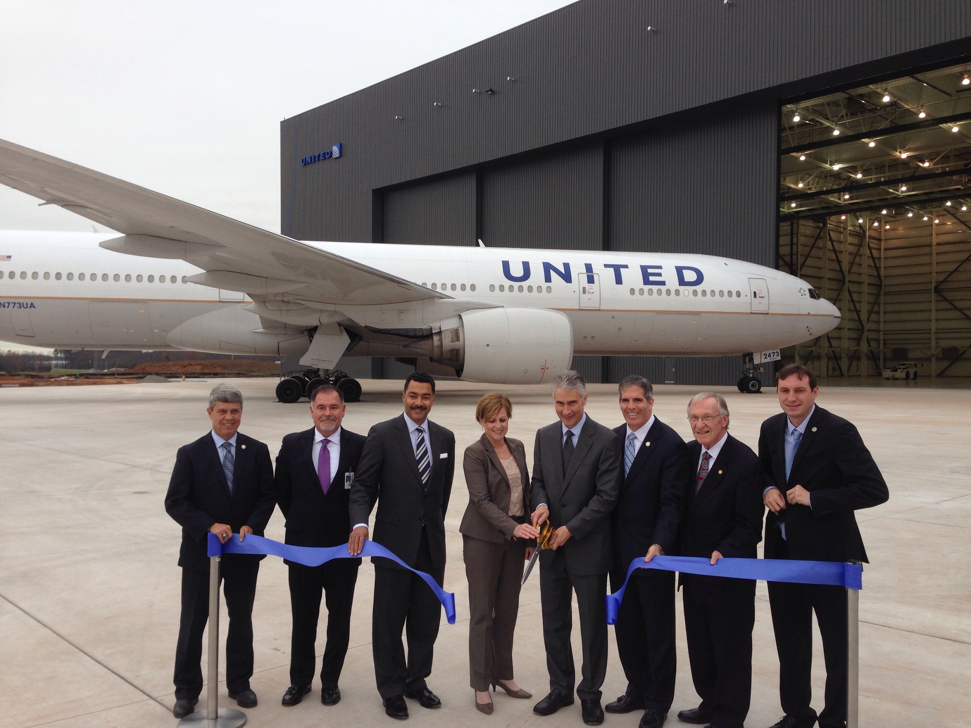 United Widebody Hangar ribbon cutting (10982820994)
