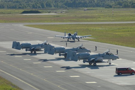 A-10 from Michigan Air National Guard lands in Estonia