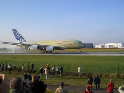 A380 first touchdown hamburg