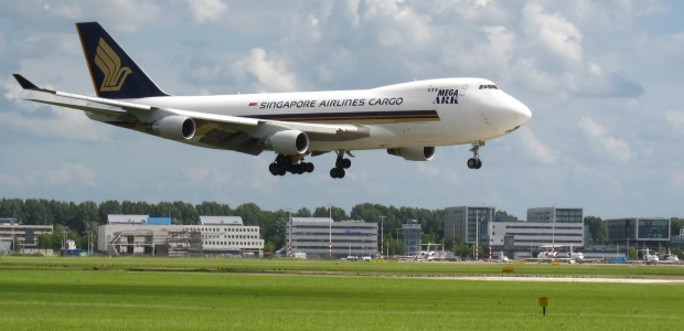 Singapore Airlines Cargo 747 landing at Schiphol
