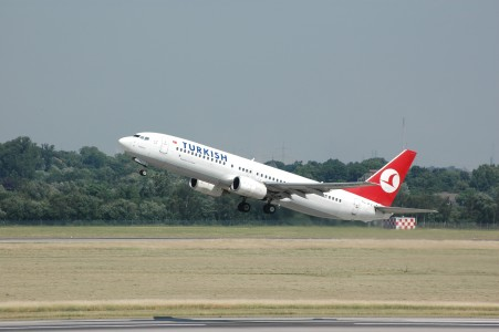 Turkish Airlines B737-800 TC-JFV at DUS