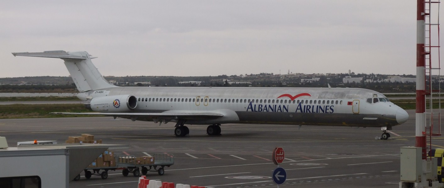 Albanian Airlines-MD-82