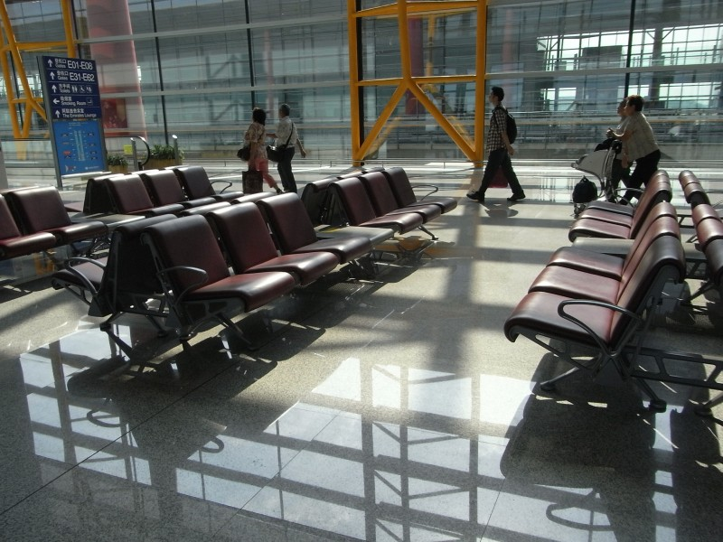 BJ 北京首都國際機場 Beijing Capital International Airport BCIA interior waiting room seats Aug-2010
