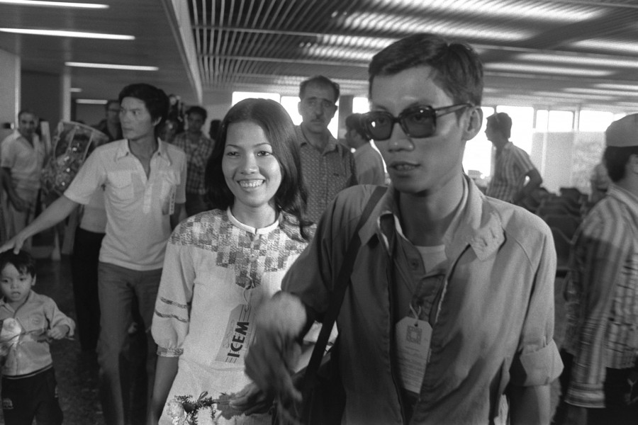 Flickr - Government Press Office (GPO) - Vietnamese refugees walking to the waiting room at the Ben Gurion Air Terminal, new immigrants.