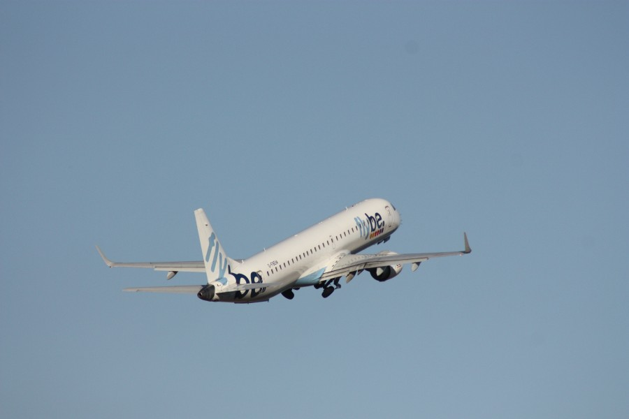 Flybe (G-FBEM), Belfast City Airport, January 2011 (04)