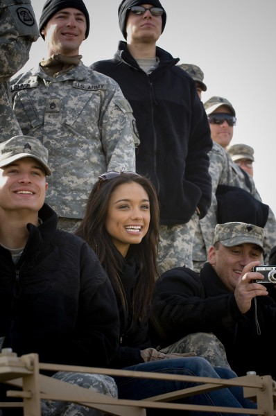Rachel Smith watches the 2007 USO Holiday Tour stop at Logistics Support Area Anaconda,