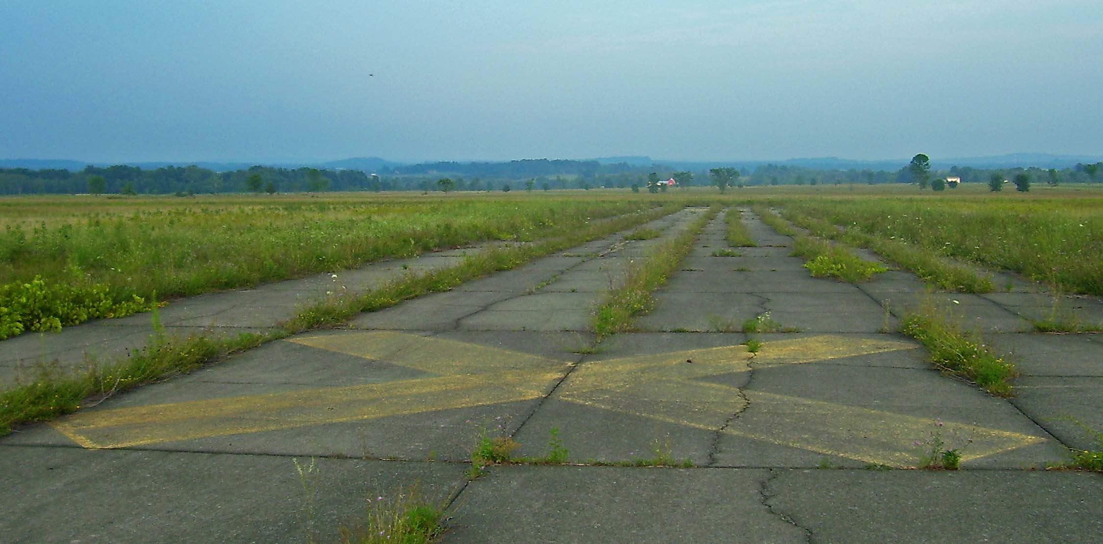 Shawangunk Grasslands NWR runways 2