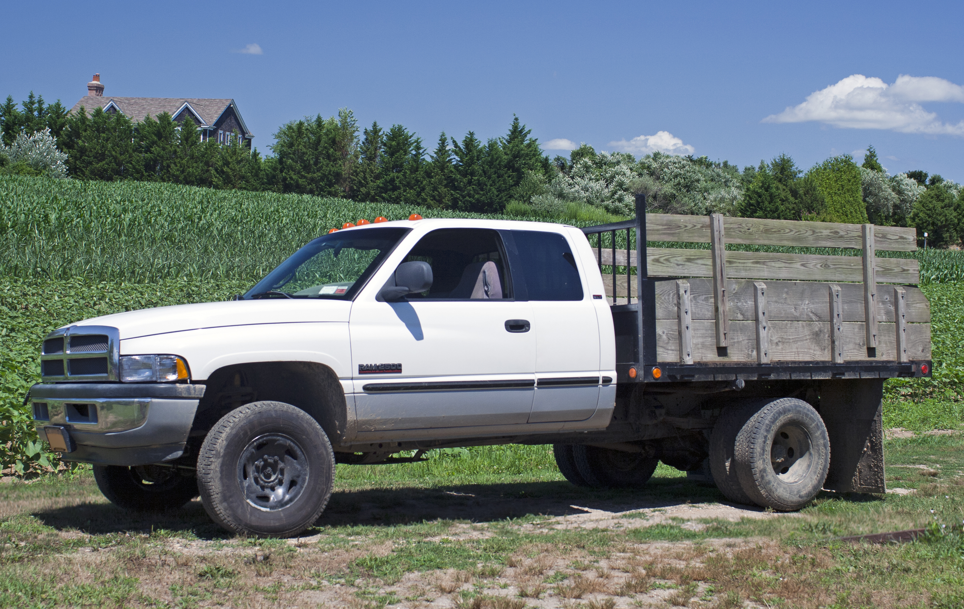 1999 Dodge Ram Cab 2500 4x4 stakebed
