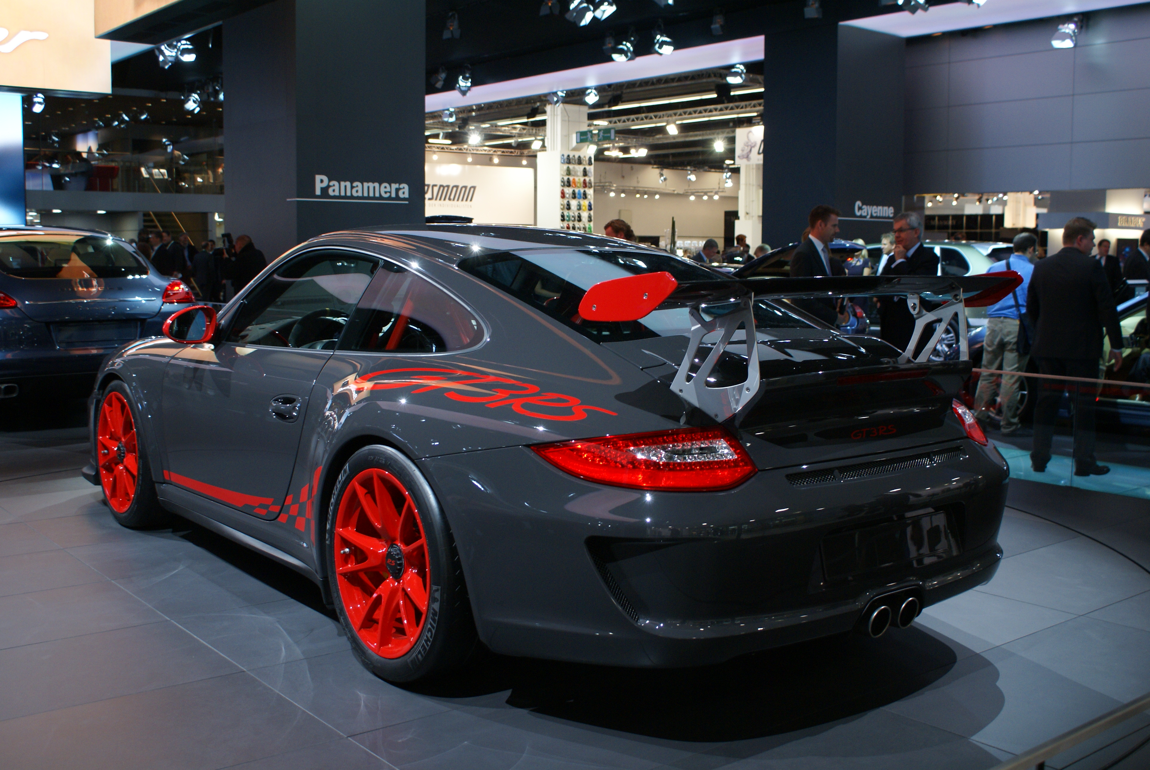 Grey Porsche 997 GT3 RS facelift IAA 2009 (2)
