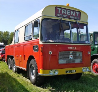 AEC Bus Breakdown Vehicle. Trent Recovery Services - Flickr - mick - Lumix