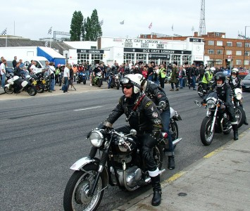 BSA riders at 2007 Ace Cafe reunion