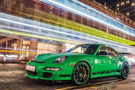 Green and black GT3 RS in London on 2012-11-10 (8173570217) (2)