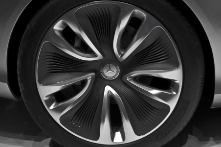 Mercedes-Benz F800 Style wheel