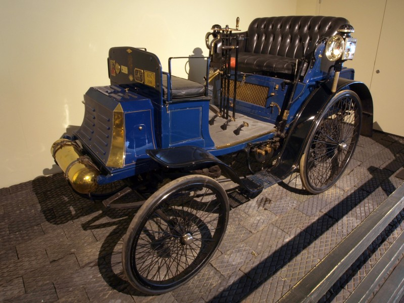 1899 Benz 6-HP Ideal
