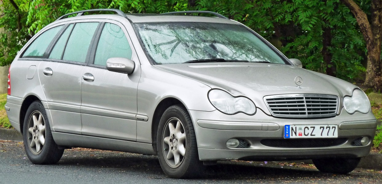 2001-2004 Mercedes-Benz C 200 Kompressor (S203) Elegance station wagon (2011-11-17)