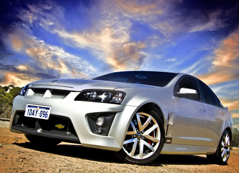2006-2009 HSV Clubsport (E Series) R8 sedan 01