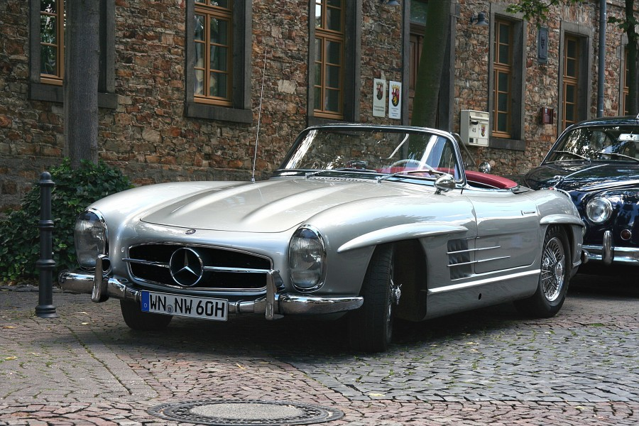 2007-07-22 Mercedes-Benz 300 SL Roadster (Foto Sp)