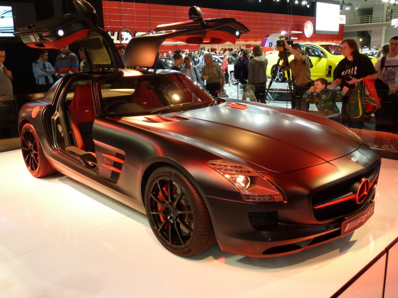 2010 Mercedes-Benz SLS AMG (C197) Blackbird coupe (2010-10-16) 02