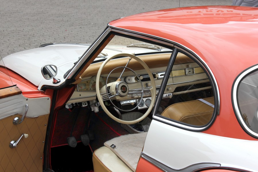Borgward Isabella Coupé, Cockpit (2016-09-04)