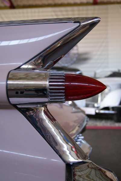 Cadillac deVille lights