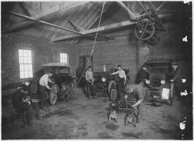 Students at work in auto repair shop - NARA - 285366