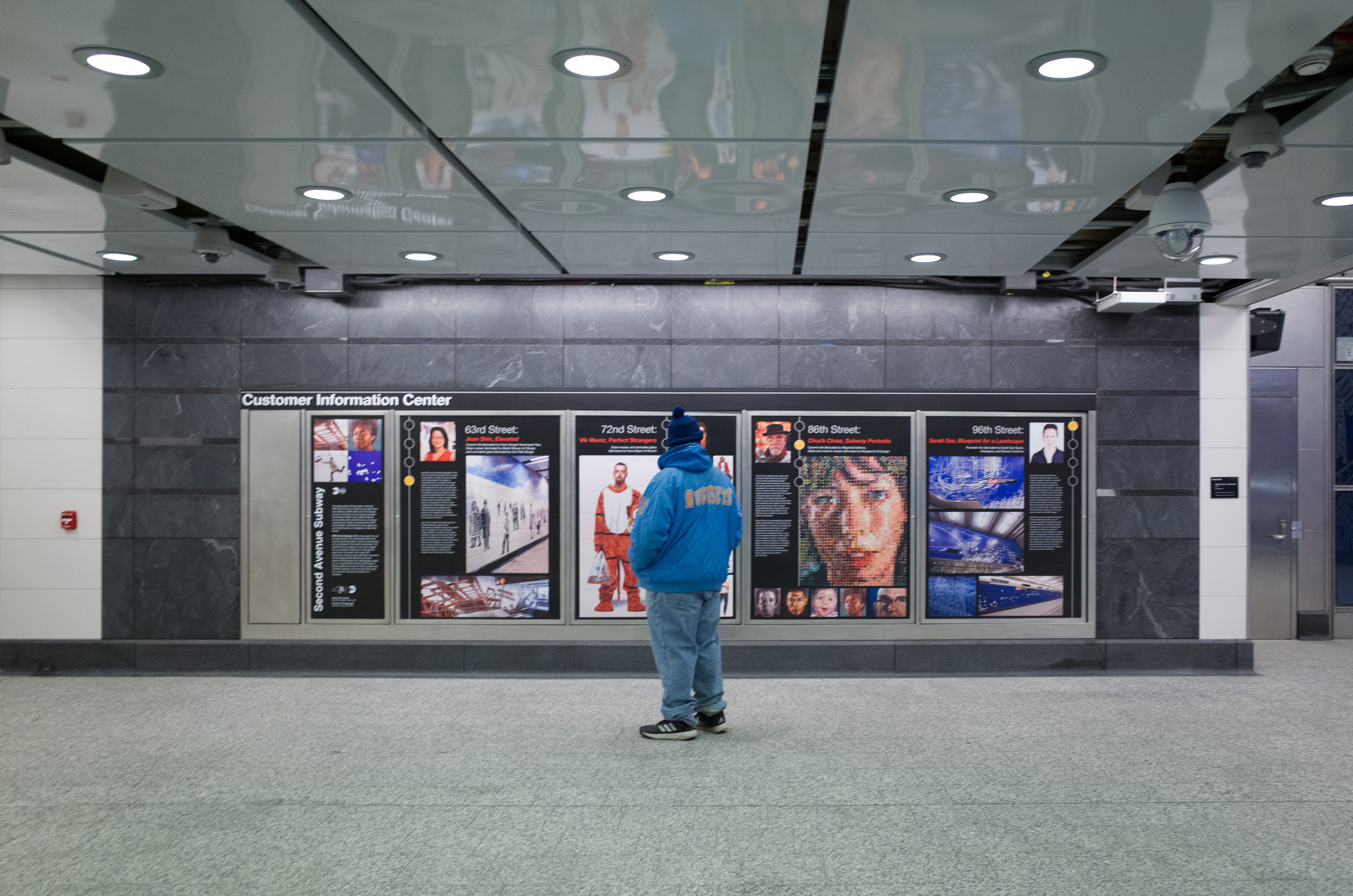 Opening day, 96 street station, second avenue subway (31306111923)