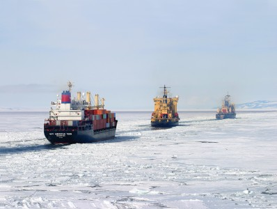 American tern and Russian icebreakers