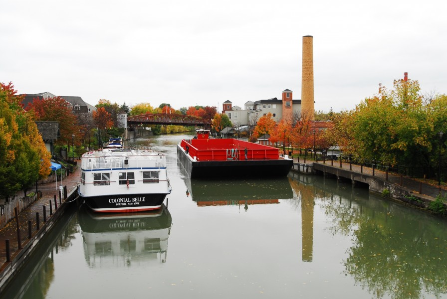 Barge passing through Fairport, NY