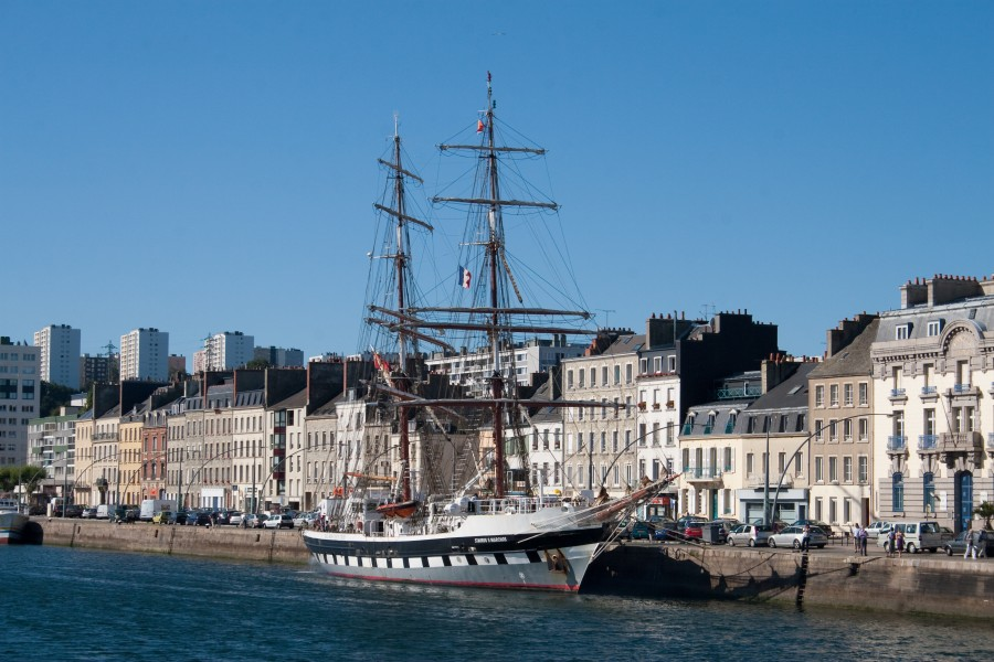 Cherbourg Harbour Stavros S Niarchos 2009 08 31