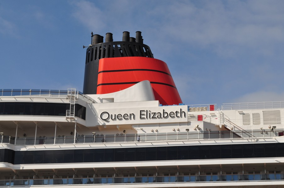 Cunards Queen Elizabeth (Norway) (6006179981)