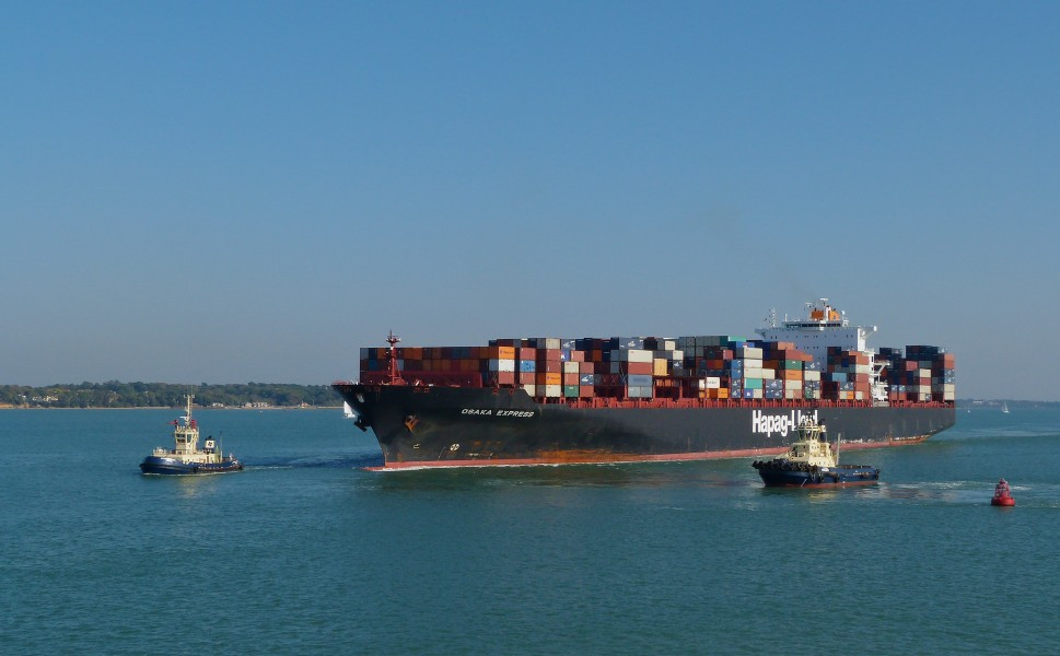 Hapag Lloyd Osaka Express in the Solent