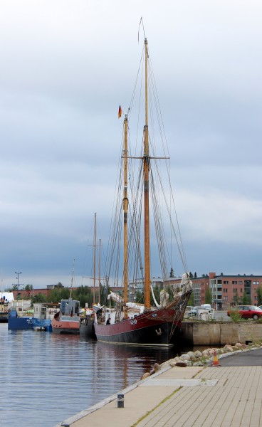 Lovis Ship Toppila Harbour Oulu 20120803 02