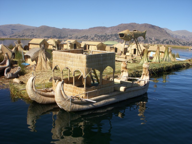 Photo - Floating Islands (Puno, Peru)