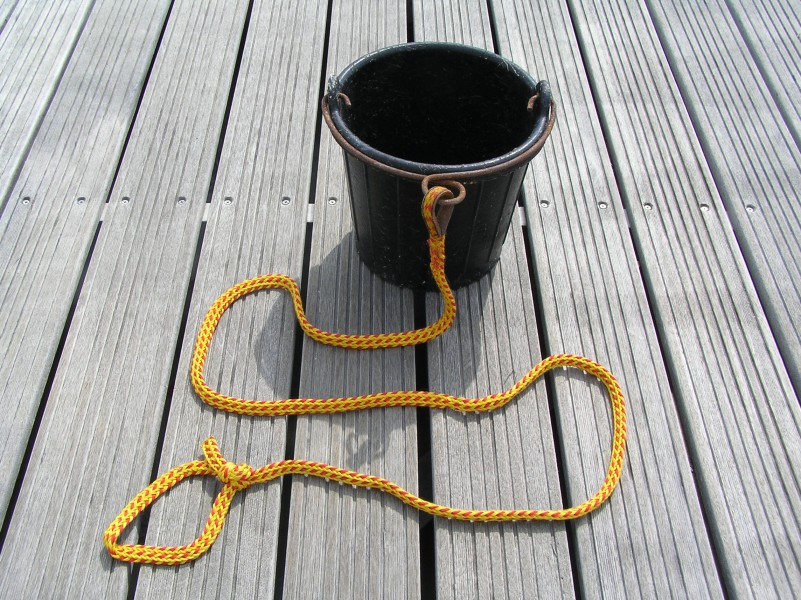 Puetz A bucket with a rope