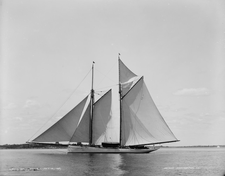Schooner Mayflower-02