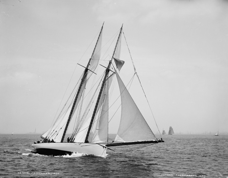 Schooner Mayflower-08