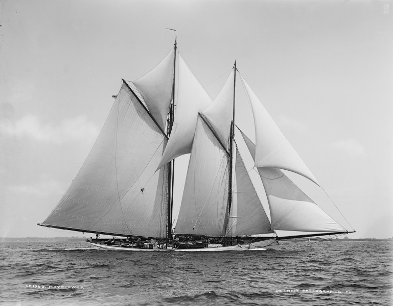 Schooner Mayflower-09
